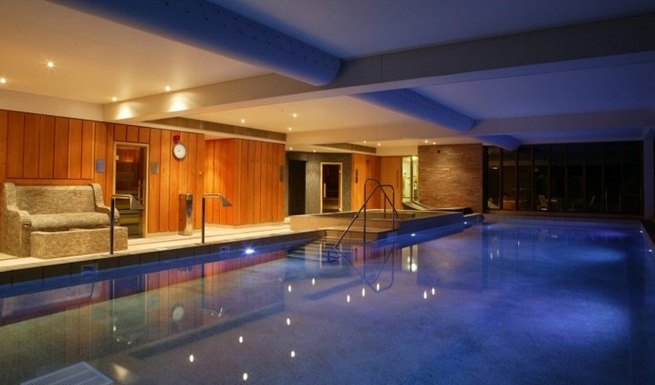 Indoor pool, New Park Manor
