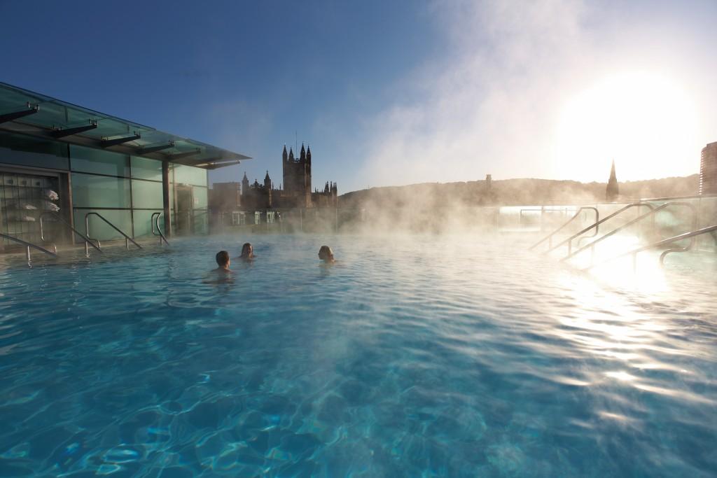 Roof top thermal pool, Bath